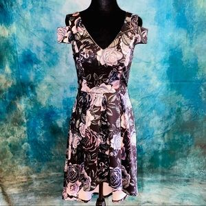 Charlotte Russe Rose Floral print Staggered length